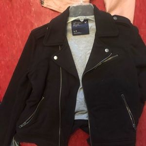 American Eagle black zip up jacket.